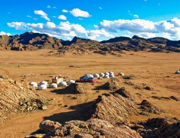 Mongolei_Baga_Gazriin_Chuluu_Camp